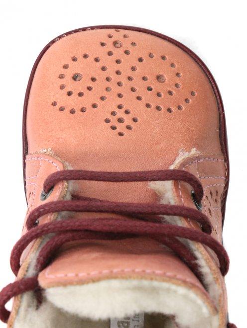 Ботинки из кожи с перфорацией - Обтравка3