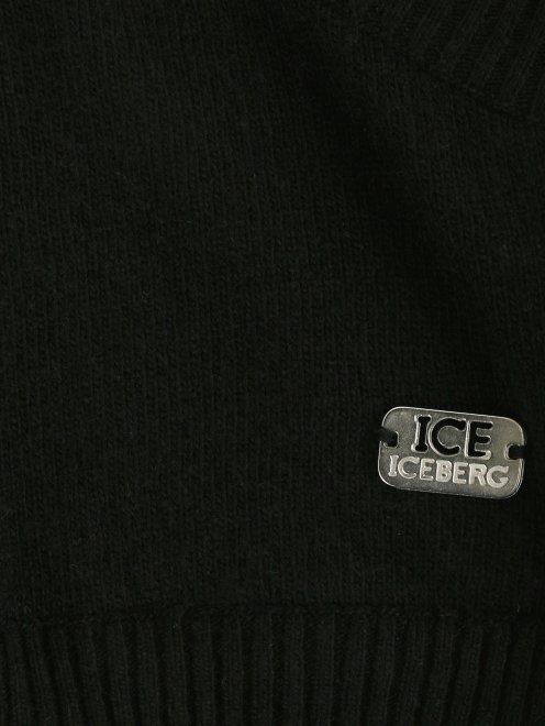 Джемпер из шерсти с запахом - Деталь